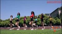 校园美女啦啦队 顶着大太阳操场练习青春热舞