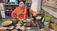 【韩国主播-胖妹】扮装去吃羊肉串儿