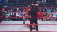 难怪说胡克霍根是卧底! 在TNA把NWO好友给打了, 还