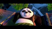 《功夫熊猫3》中熊猫们努力对抗外来危机的片段