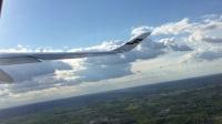 法国戴高乐国际机场乘坐芬兰航空公司AY880,AY051航班返往北京,飞机滑行起飞录像全过程20170523