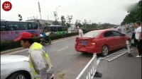 实拍郑州凯迪拉克车主无视交警 猛撞本田车扬长而去