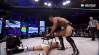 TNA罗比E和杰西街斗,椅子上给炸弹摔,反用椅子锁