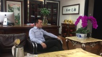 中国县域经济2861工程项目运营中心董事长于利先生和苏盐集团陈广清先生就知名品牌开发全国市场做亲切交谈和沟通