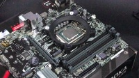 英特尔超频3东海系列散热器安装方法