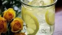 柠檬泡水的正确方法