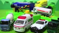 面包超人玩具托米察道口?警车救护车自卸车搅拌车油罐车