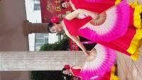 今天是党的生日,在这金色的日子里,我们在《和谐中国》优美的旋律中翩翩起舞,深深地表达了对伟大的中国共产党和伟大的祖国的无限热爱