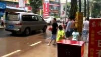 西双版纳傣族自治州  泼水狂欢节🌱 2014.04.15高 丰☞东阳酒店门口🌱