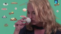 噢买噶中国菜-皮蛋篇: 外国人第一次吃皮蛋, 那味道简直终生难忘!