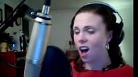 网红女生海豚音叫板迪玛希! 家中翻唱《第五元素》神曲毫不费力