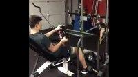 这样的健身器材非常有创意, 在玩的过程中锻炼了身体