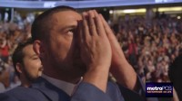 UFC214赛后选手的庆祝与悲痛