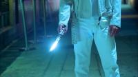看完《战狼2》再来回味一下吴京在《杀破狼》中和甄子丹的胡同打戏