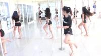 深圳华辰钢管舞课堂随拍,性感钢管舞蹈分解教程