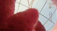 tfboys四周年演唱会直播:王俊凯蓝发抢眼 易烊千玺热舞撩人】捕获一只暖心烊 千玺为妈妈准备生日惊喜