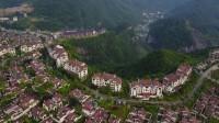 美不胜收的仙女山镇       你绝对不曾见过的超凡视觉,一个国际化的休闲度假旅游娱乐天堂,被外界赞誉为东方的瑞士。(秦文视频作品)