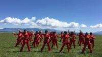 博乐新星/温泉梅香广场舞队赛湖联谊会《爱的世界只有你》广场舞