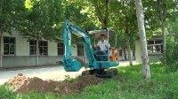 山东宝鼎BD23微型挖掘机工作视频展示