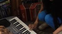 菲律宾茶旅游学——我的英语老师自学自编的钢琴曲