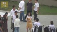 视频: 临近七夕 李晨片场陪拍摄, 范冰冰主动索香吻, 疯狂撒狗粮