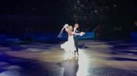 2017世界体育舞蹈节焦点之一是9月10日举行的世界标准舞锦标赛,来自42个国家和地区的71对顶尖选手高手在长达10个小时的时间里连续向冠军发起冲击