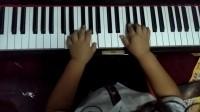 为了喜欢的女孩子努力练琴的棒棒哥