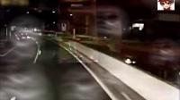 有多少老司机明白大卡车变道之后自觉闪两下双灯是什么意思?