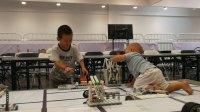 参观机器人大赛的尾声哈 2047.8