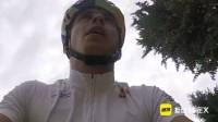 自行车拉力赛惊险极限狂人 神人为了耍帅来了个空中360