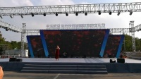 武汉蔡甸花博汇国外美女歌舞表演