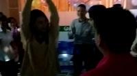 黄勇彬老师表演钢管舞