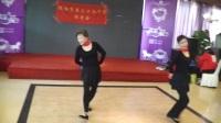 2017年11月23日感恩节沈阳市第三十九中学同学会女子双人舞《又见山里红》