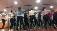 洛阳舞蹈  爵士舞热门舞蹈 简单好学好看的panama/c哩c哩--华翎曼妮