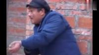 搞笑整人视频老公公捉贼媳妇中招要笑崩了