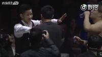 日本拳手对中国裁判杨建平脸上吐了口水,裁___-来自菊花疼-微博视频-最新最快短视频-搞笑短视频-美女短视频-直播-一直播-美女直播-明星直播
