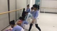 北京舞蹈学院芭蕾舞一级B题(豌豆一级三班)