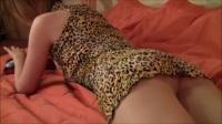 穿丝袜的美女床上福利视频