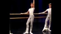 男生芭蕾舞(1)���高尚的人看��g,猥��的人看包包!