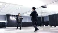 点击观看《20多岁广场上跳捣蒜舞 红遍大江南北 捣蒜舞是广场舞的新舞蹈么?》