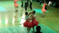 请大家欣赏金星牛仔舞比赛现场!