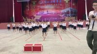 一年(3)班  班班有舞蹈《抖音串烧》少林英雄+海草舞+C哩C哩