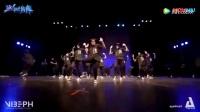 我在集体尬舞是种什么体验 上个月 菲律宾大学举行了一场舞蹈比赛_x0503l3va1l截取了一段小视频