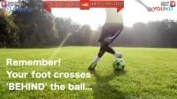 我在5个足球超酷的足球假动作过人技巧慢动作教学截了一段小视频
