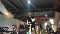 动感单车快乐骑行,健康减肥