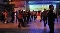 广州合一广场兔子舞