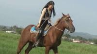 美女骑马1 (7)