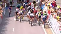 2018环法自行车大赛第4赛段最后冲刺阶段