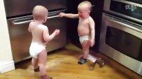 双胞胎婴儿的对话……总觉得他们在谈论什么高深的问题嗯…………
