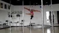 钢管舞名将宋瑶钢管舞展示